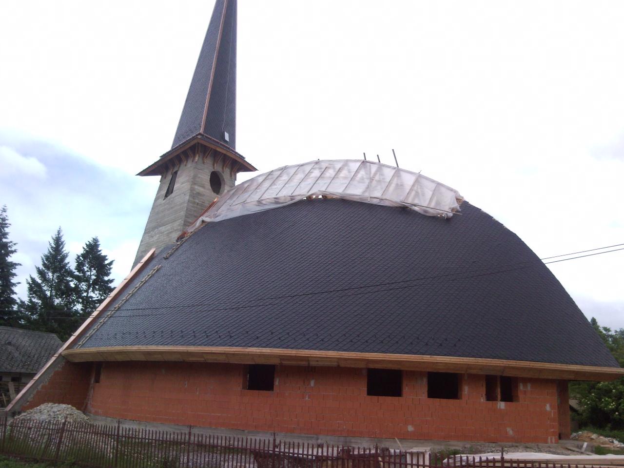 Stabuflex - kostol v obci Rešica - umelá krytina